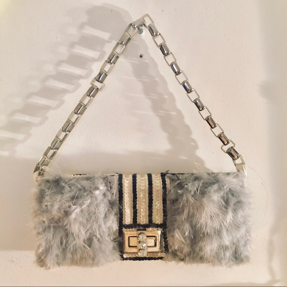 Handbags - Feathered and sequined Clutch